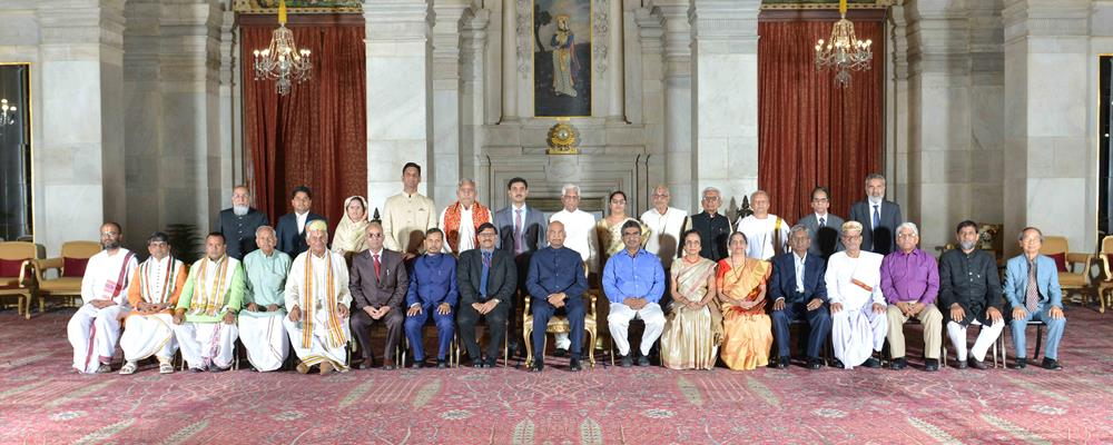 The President of India, Shri Ram Nath Kovind with recipients of President's Certificate of Honour for Sanskrit, Pali, Prakrit, Arabic, Persian, Classical Kannada, Classical Telugu, Classical Malayalam, Classical Odia languages and Maharshi Badrayan Vyas Samman, for the year 2016, 2017 and 2018 at Rashtrapati Bhavan on April 5, 2019.